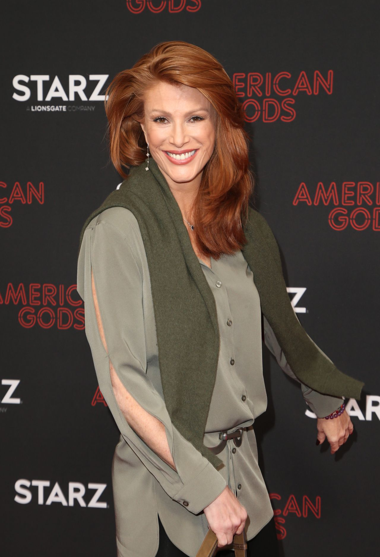 Angie Everhart | Who2
