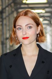 AnnaSophia Robb in Office Chic Outfit 03/14/2019