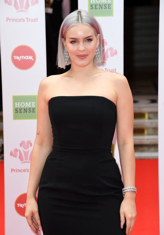Anne-Marie – The Princes Trust Awards 2019
