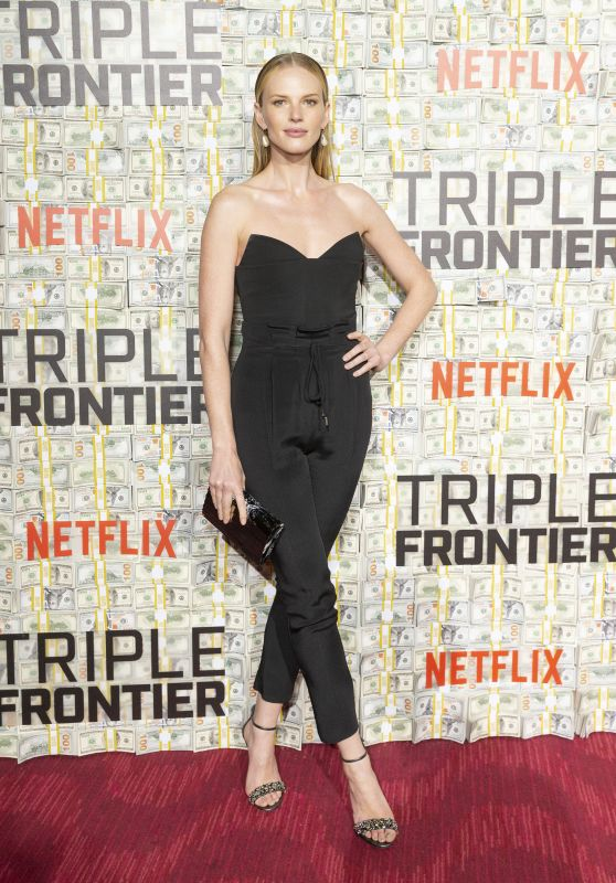 "Anne Vyalitsyna – ""Triple Frontier"" World Premiere in NYC"