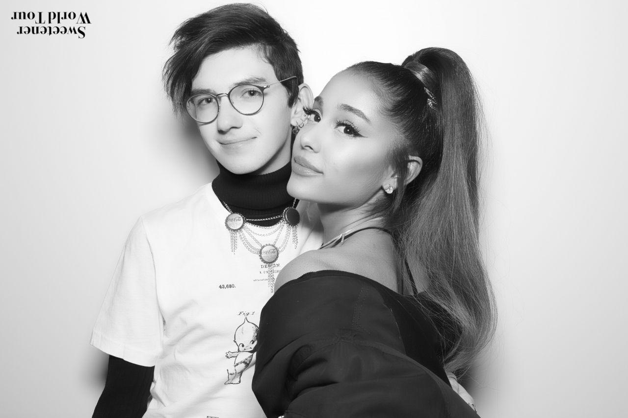 Ariana Grande Sweetener World Tour Meet Greet In Albany 03 18 2019 Celebmafia