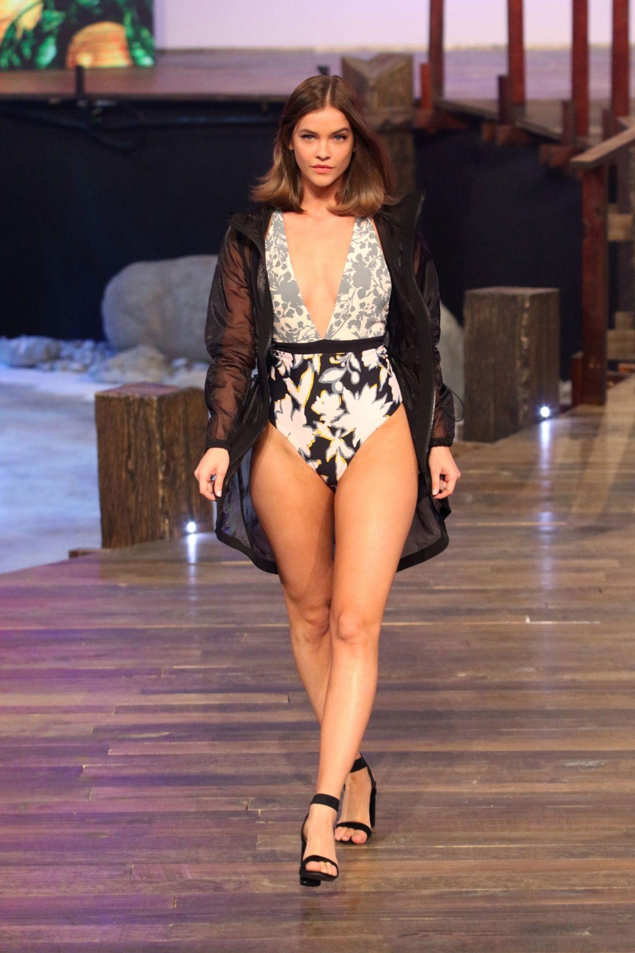 Barbara Palvin Walks Liverpool Fashion Fest In Mexico