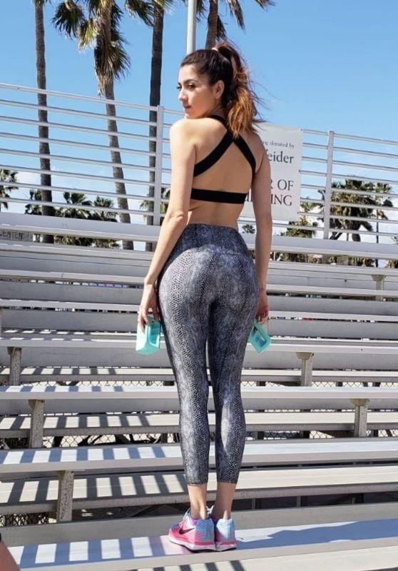 Blanca Blanco in Workout Gear - Muscle Beach in Venice 03/09/2019