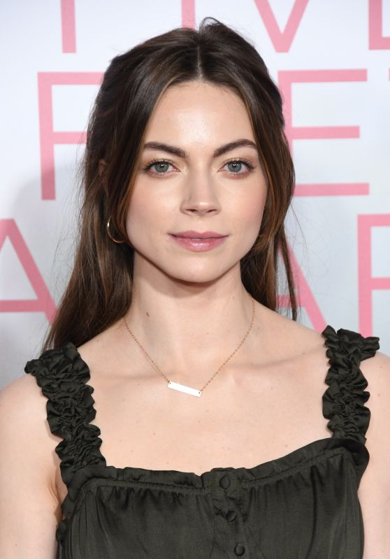 "Caitlin Carver – ""Five Feet Apart"" Premiere in Los Angeles"