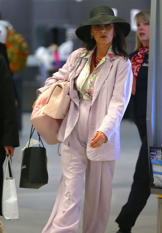 Catherine Zeta-Jones Travel Style 03/21/2019
