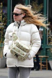 Dakota Fanning Street Style 03/22/2019