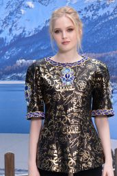 Ellie Bamber – Chanel Fashion Show in Paris 03/05/2019
