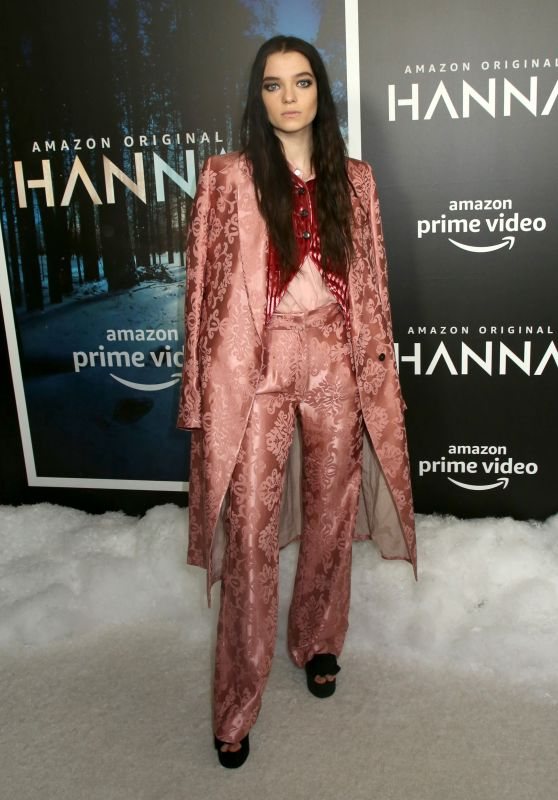 "Esme Creed-Miles - ""Hanna"" Premiere in NYC"