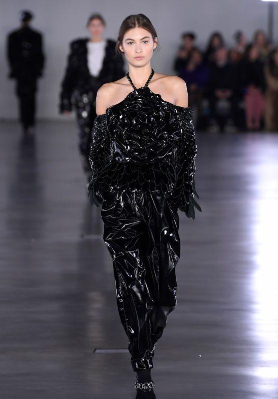 Grace Elizabeth - Balmain Fashion Show in Paris 03/01/2019