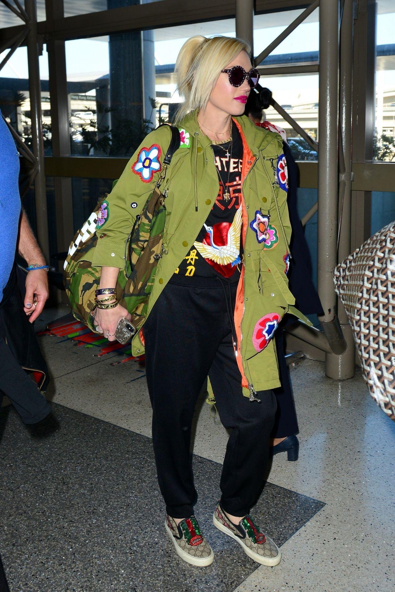 Gwen Stefani Travel Style 03 28 2019