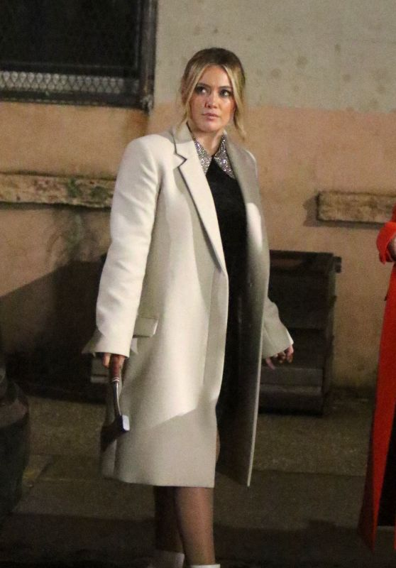 """Hilary Duff - """"Younger"""" Set in NYC 03/25/2019"""