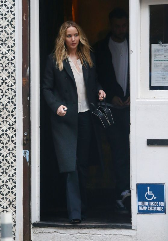 Jennifer Lawrence - Out in NYC 03/25/2019