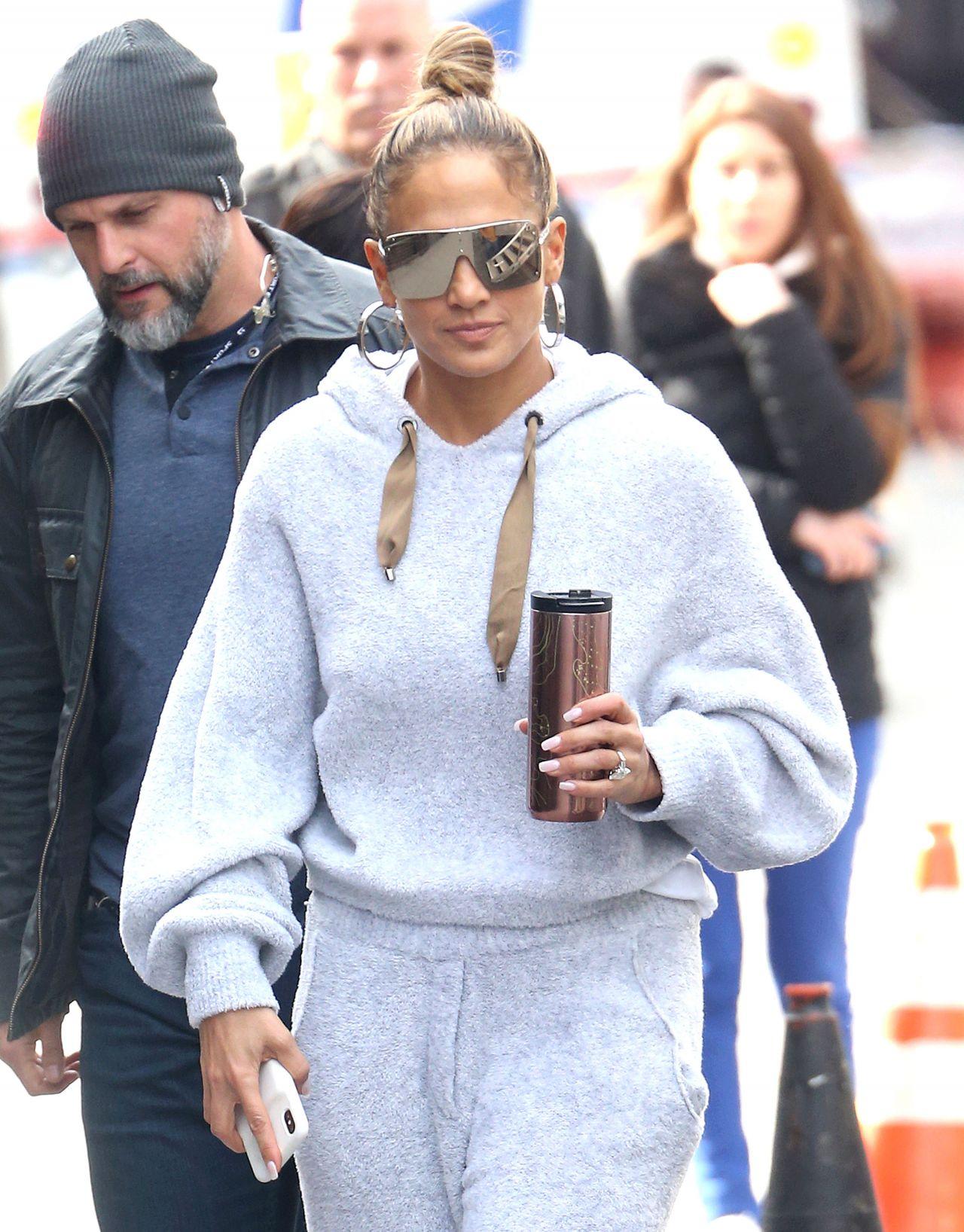 "Jennifer Lopez on the Set of ""Hustlers"" 03/28/2019"