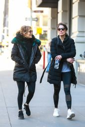 Jennifer Lopez With Her Sister Lynda in NYC 03/18/2019