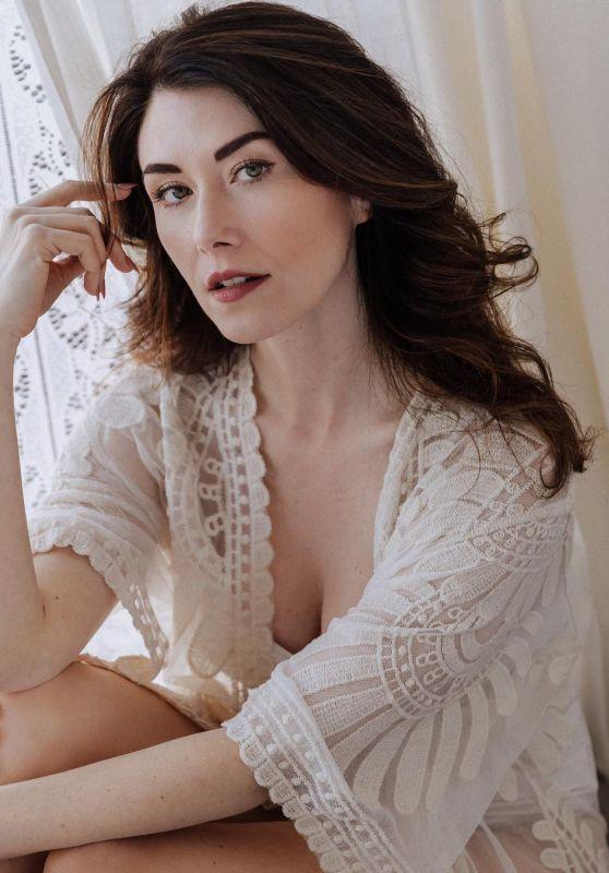 Jewel Staite - Photoshoot 2019