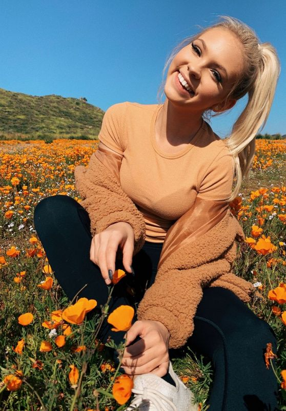 Jordyn Jones - Personal Pics 03/26/2019