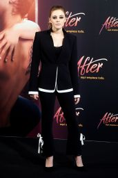 "Josephine Langford - ""After"" Photocall in Madrid"
