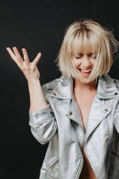Julianne Hough - Personal Pics 03/11/2019
