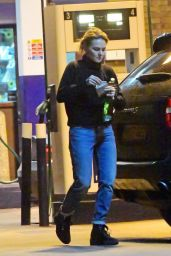Kara Tointon in Baggy Jeans and Jumper at Petrol Station out in London 03/14/2019