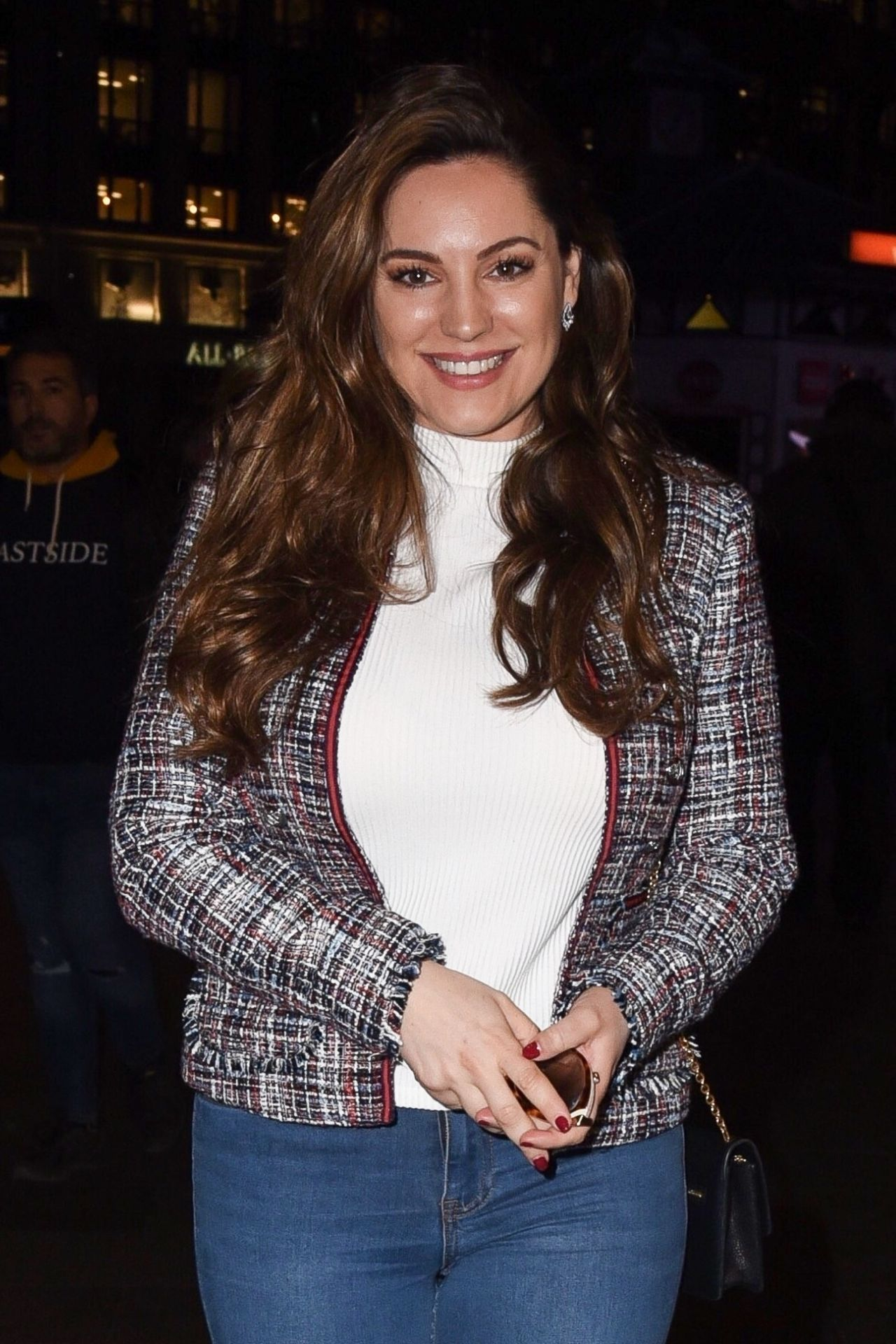Kelly Brook Street Style 03 14 2019