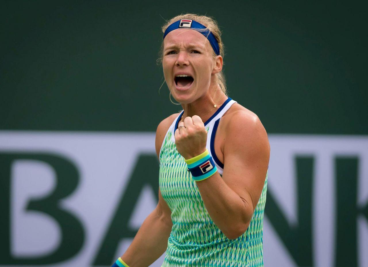 Kiki Bertens' personal struggle during her first round match  |Kiki Bertens