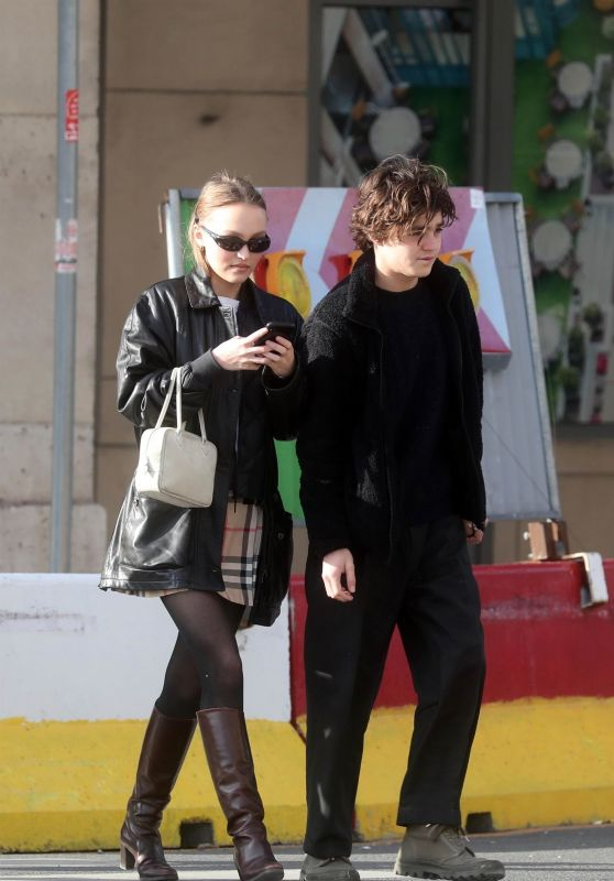 Lily-Rose Depp With Her Brother - Paris 03/29/2019