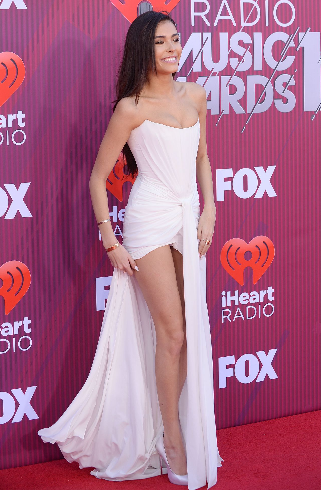 Madison Beer Iheartradio Related Keywords & Suggestions