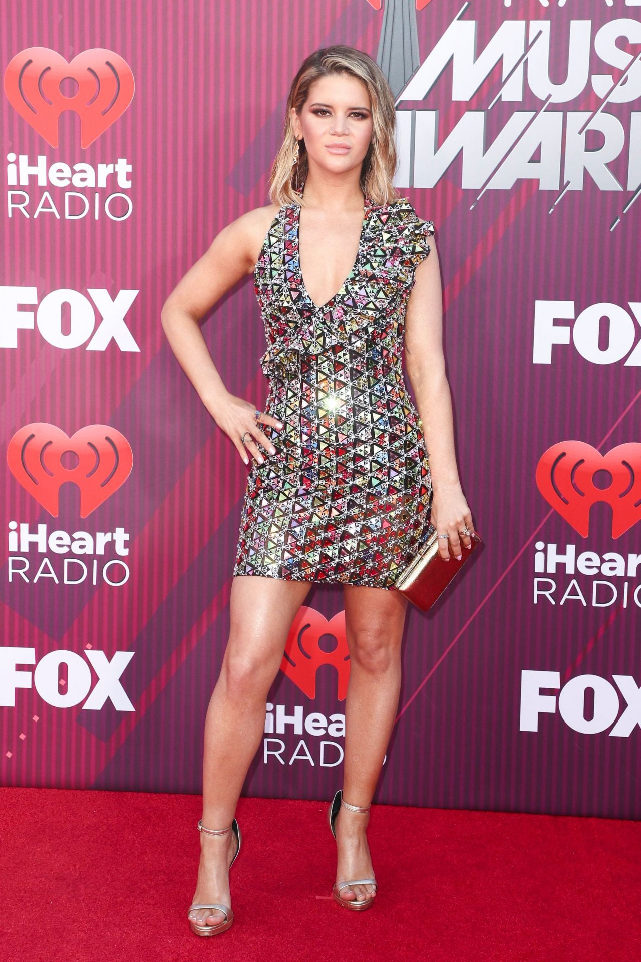 Maren Morris gorgeous at iHeartRadio music awards
