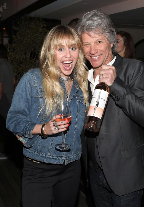 Miley Cyrus - Hampton Water Rosé Celebrates LA Launch