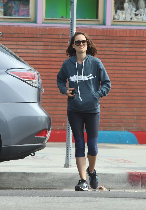 Natalie Portman in Leggings 03/26/2019