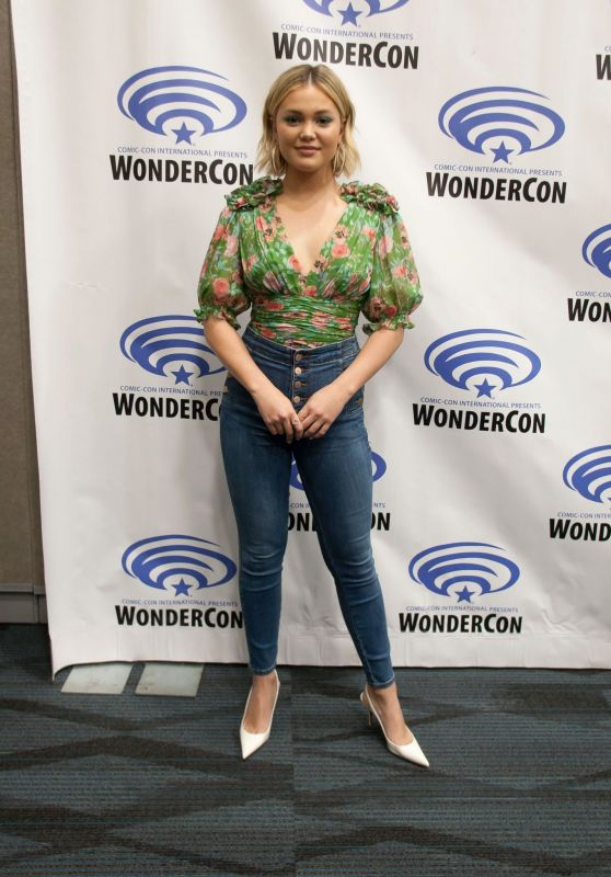 "Olivia Holt - ""Cloak & Dagger"" Press Line at WonderCon 2019"