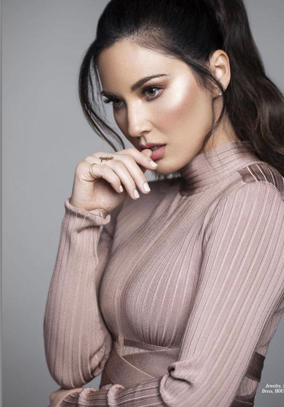 Olivia Munn - L