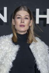 Rosamund Pike – Givenchy Fashion Fashion Show in Paris 03/03/2019