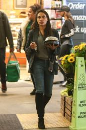 Rosario Dawson - Whole Foods Market in Beverly Hills 03/03/2019