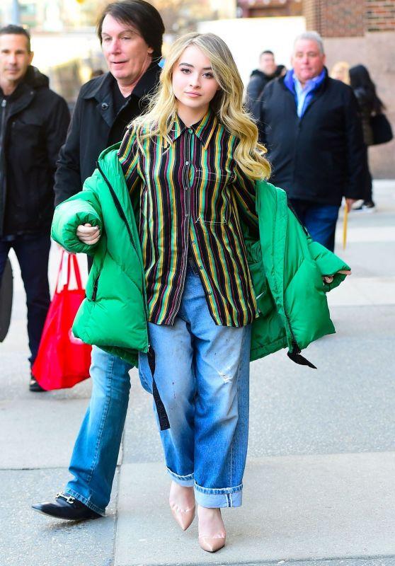 Sabrina Carpenter Street Style 03/12/2019