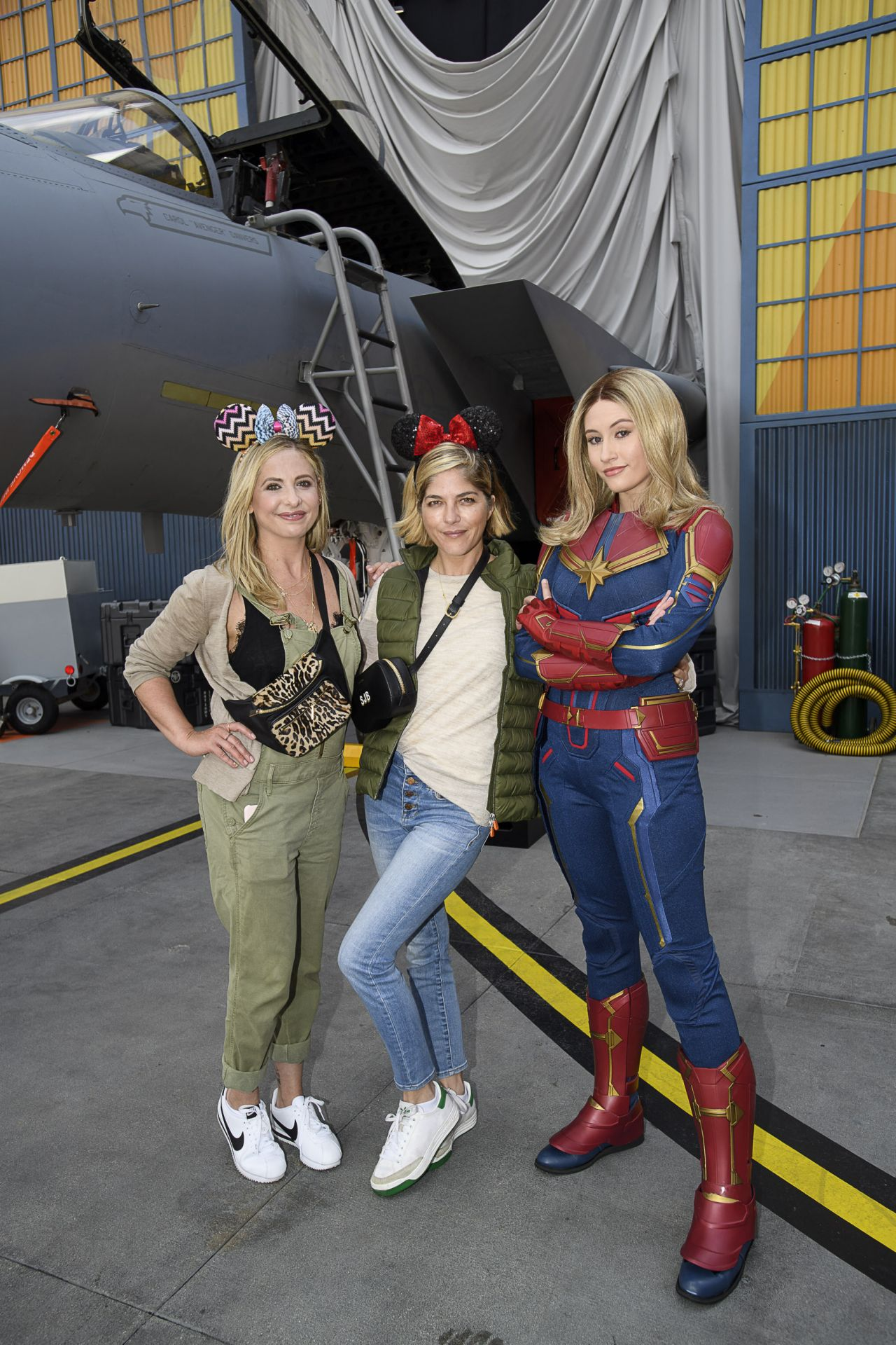 Sarah Michelle Gellar And Selma Blair Disney California