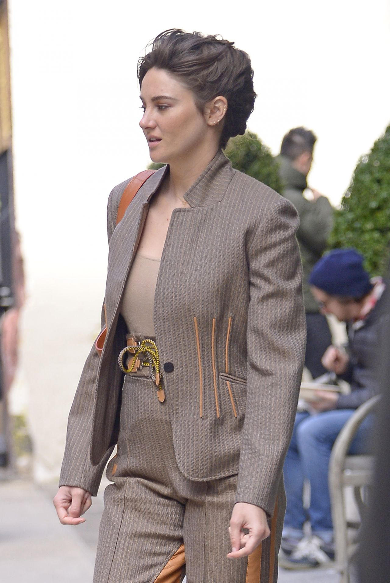 Shailene Woodley Looks Stylish 03 27 2019