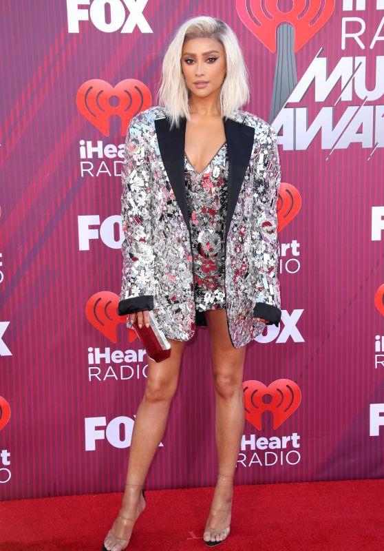 Shay Mitchell – 2019 iHeartRadio Music Awards