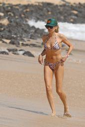 Stephanie Pratt in a Leopard Bikini - Hawaii, March 2019