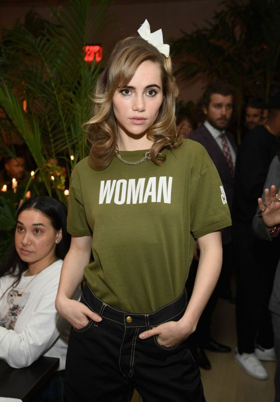 Suki Waterhouse - The Times Square Edition Premiere 03/12/2019
