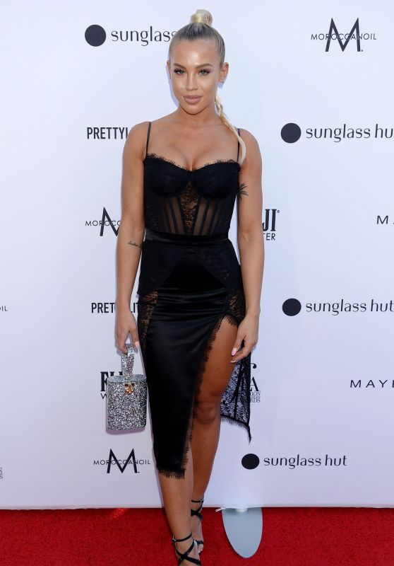 Tammy Hembrow – The Daily Front Row Fashion Awards 2019