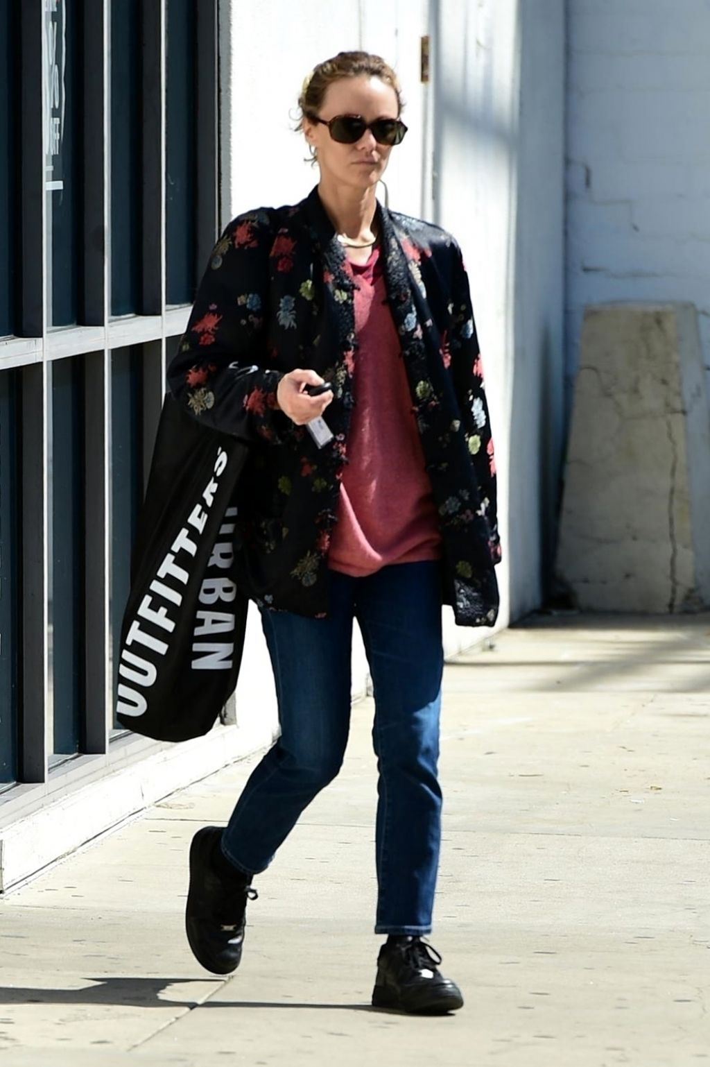 Vanessa Paradis Shopping At Urban Outfitters In Studio
