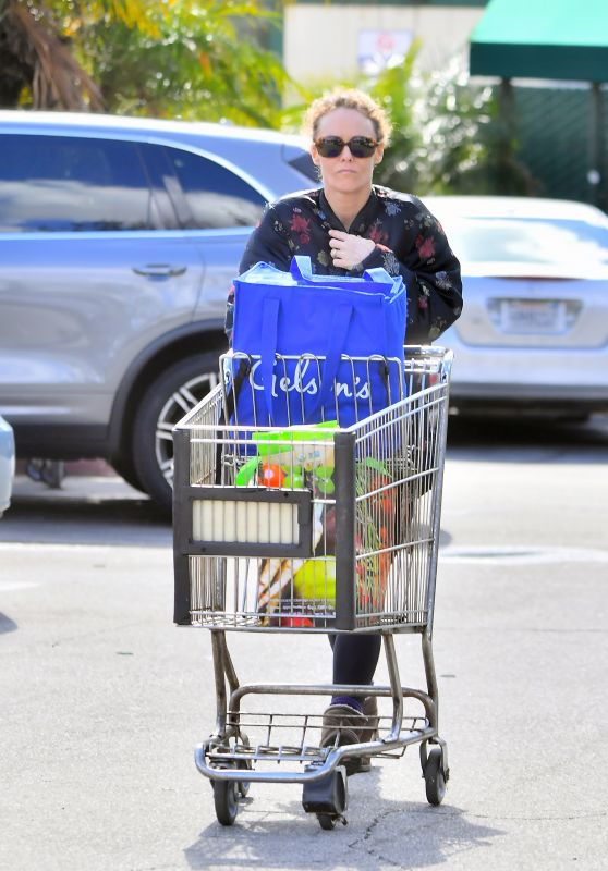Vanessa Paradis - Shopping at Whole Foods in Studio City 03/11/2019