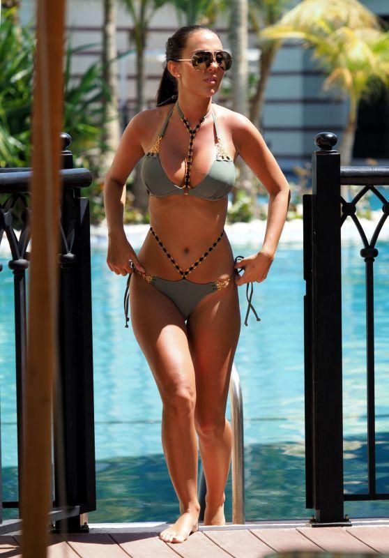 Yazmin Oukhellou in Bikini on Holiday in Dubai 03/22/2019