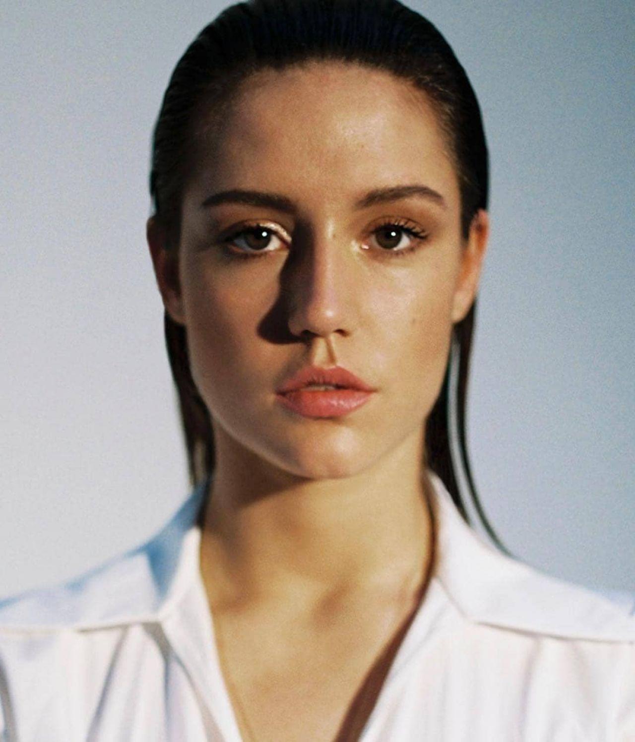 List of people in Playboy 1990–1999 - Wikipedia