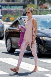 Alessandra Ambrosio - Heads to a Yoga Class in Brentwood 04/08/2019