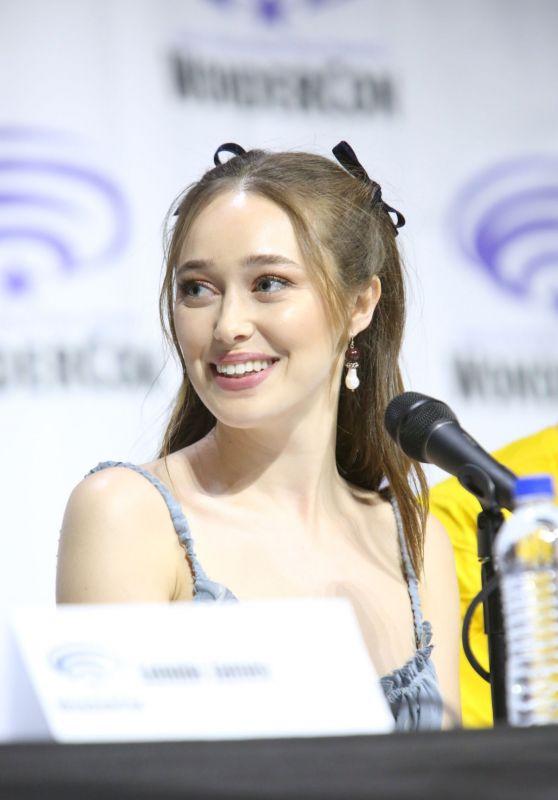 """Alycia Debnam-Carey - """"Fear The Walking Dead"""" Panel at WonderCon 2019"""