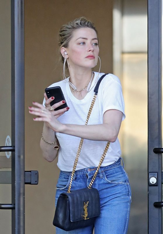 Amber Heard - Out in Los Angeles 04/18/2019