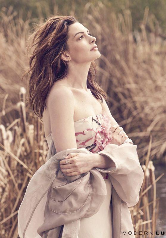 Anne Hathaway - Modern Luxury 2019