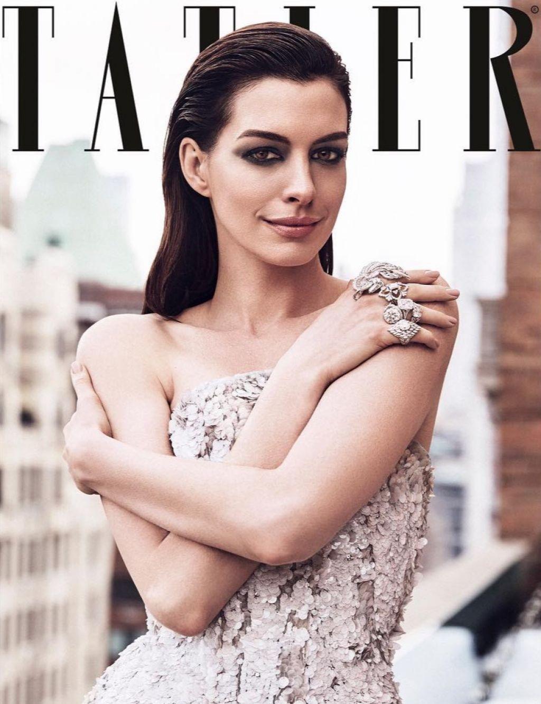 Anne Hathaway 2019
